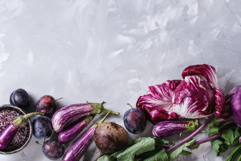 Assortiment van purpere groenten royalty-vrije stock foto