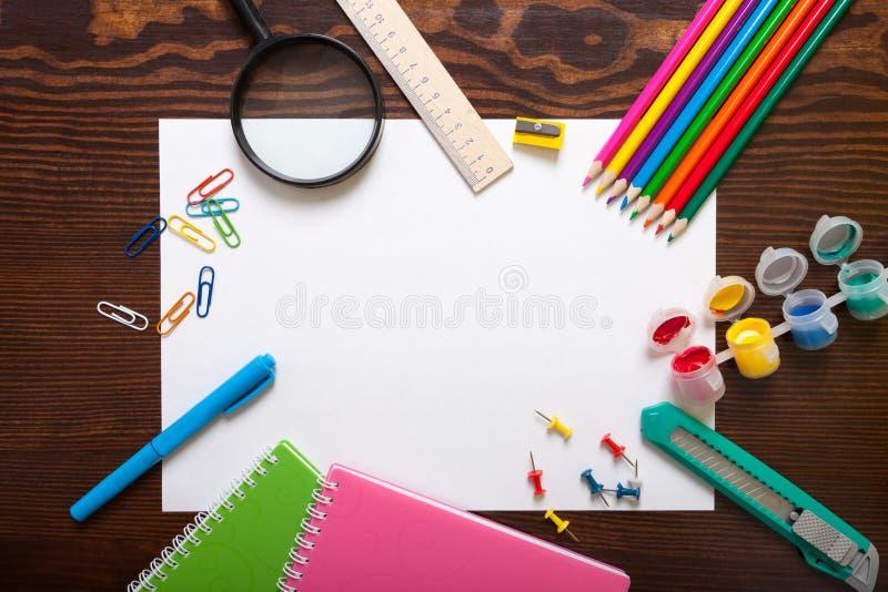 Assortiment van schoolpunten stock foto's