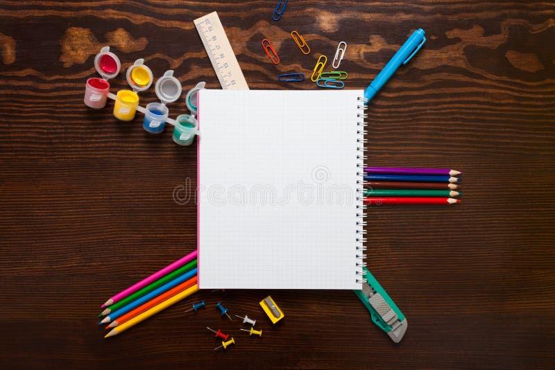 Assortiment van schoolpunten stock fotografie