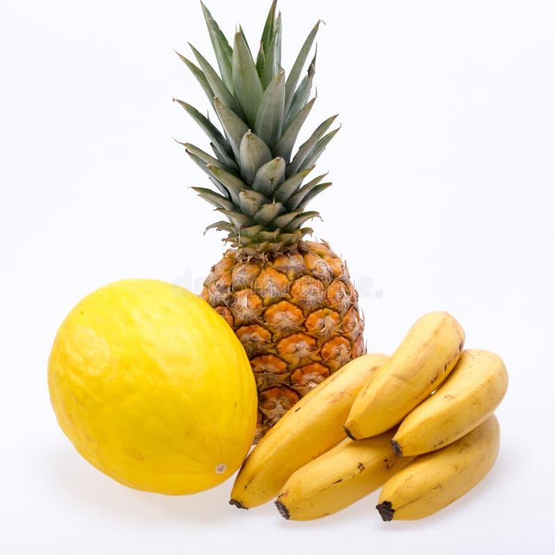 Assortiment van verse exotische die vruchten op wit worden geïsoleerd stock fotografie