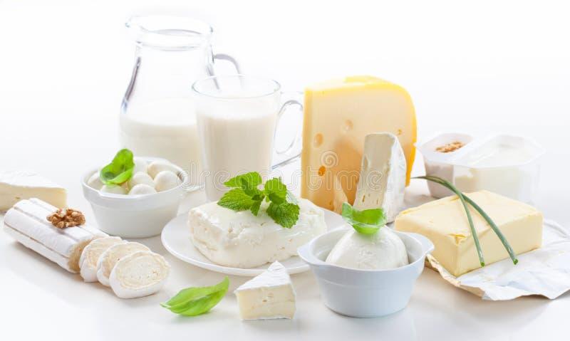 Assortiment van zuivelproducten stock afbeeldingen