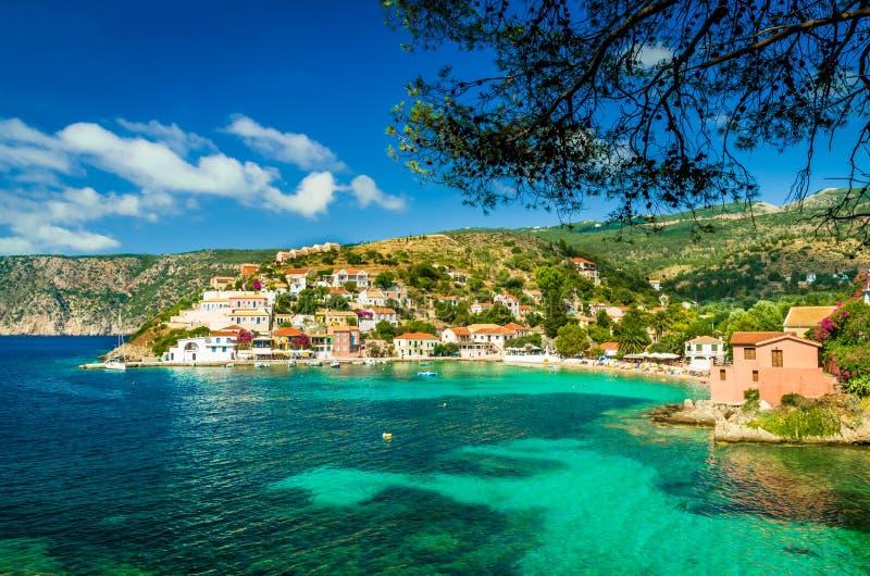 Assos στο νησί Kefalonia στην Ελλάδα στοκ εικόνες