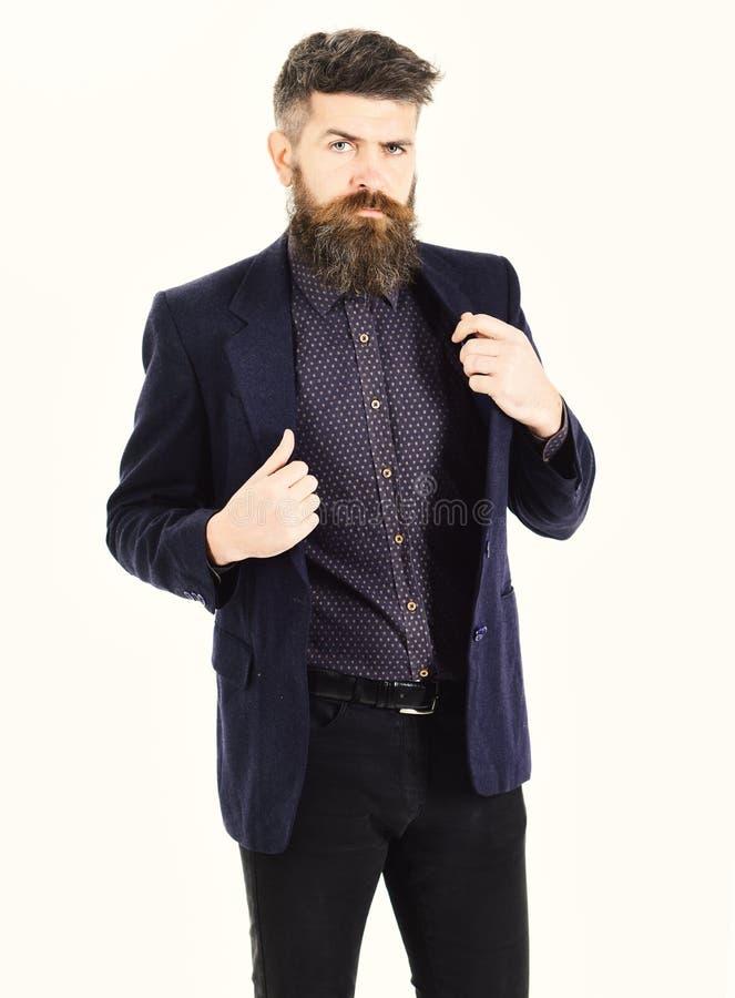 Assurance, succès, mode de vie de luxe, affaires, concept de présentation L'agent d'assurance porte le costume à la mode et regar image stock