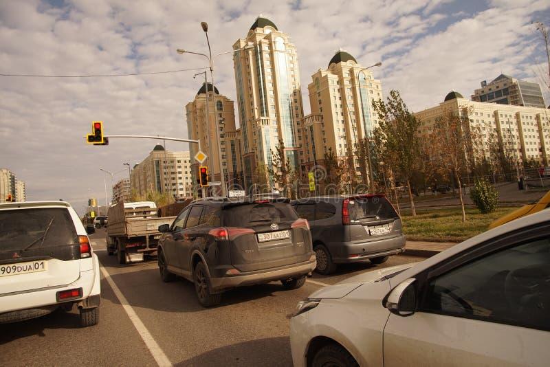 Astana é a construção representativa do distrito do governo da capital do Cazaque imagem de stock