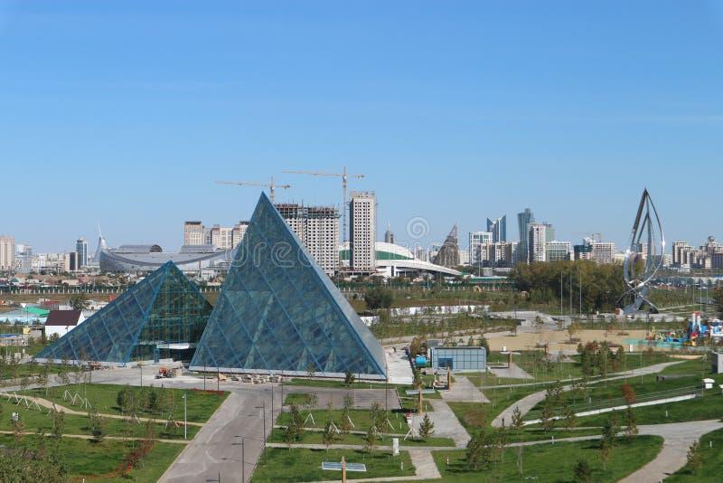 Astana, Cazaquistão, o 13 de setembro de 2018, vista geral da cidade foto de stock royalty free