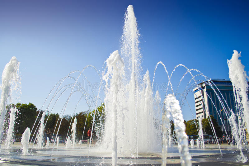 astana huvudstadsspringbrunn kazakhstan arkivfoto