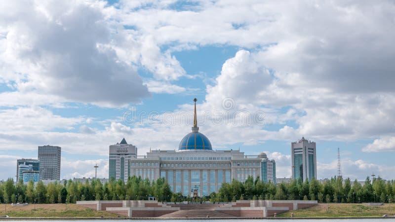 Astana, Kazachstan - September 6, 2016: Presidentieel Paleis Akor royalty-vrije stock foto's