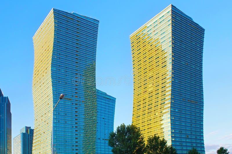 ASTANA, KAZAKHSTAN - 25 JUILLET 2017 : Vue des gratte-ciel modernes le centre de la ville d'Astana image libre de droits