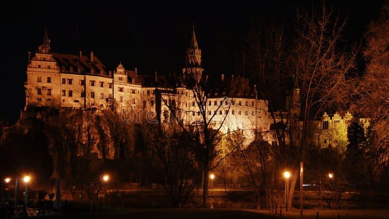 Astel Sigmaringen dans la nuit, Allemagne image libre de droits