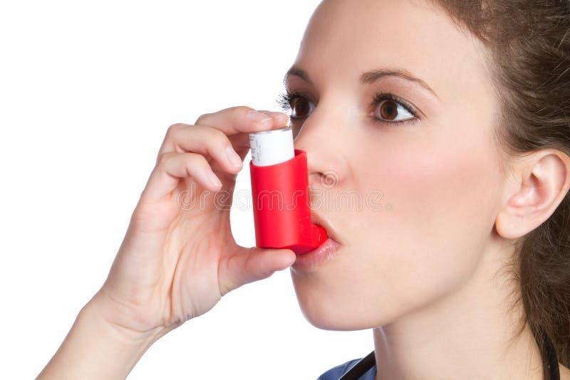 Asthma-Inhalator-Mädchen lizenzfreies stockbild