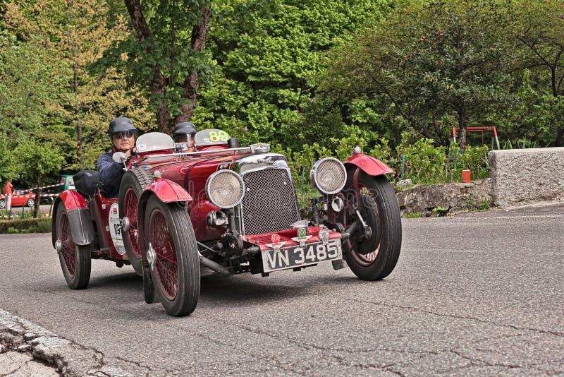 Asti Martin International Le Mans na raça histórica Mille Miglia fotos de stock