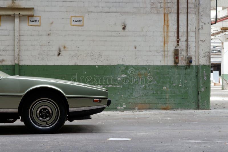"""Aston het voertuigvoorzijde van Martin Lagonda †""""van de kant royalty-vrije stock fotografie"""