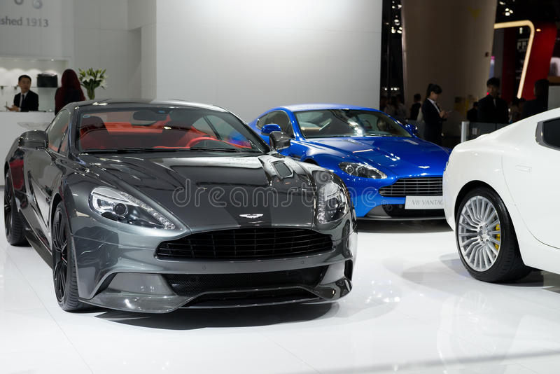 Aston Maktin super auto's in automobiele tentoonstelling royalty-vrije stock foto's