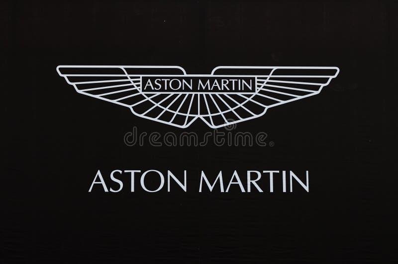 Aston Martin embleem stock foto