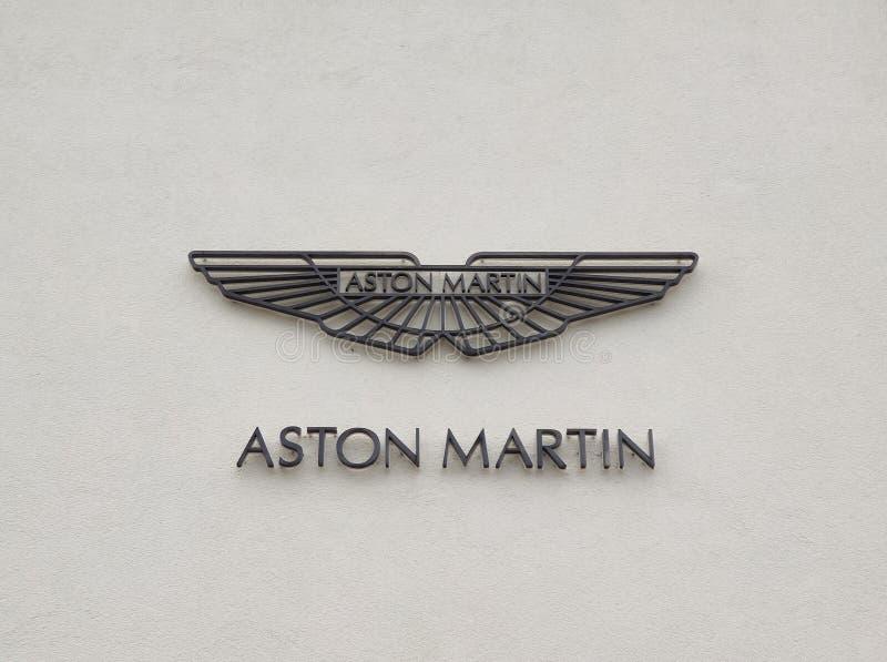 Aston Martin Logo / Marke / Emblem lizenzfreies stockbild