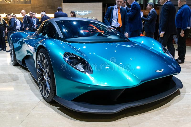 Aston Martin Vanquish Vision medio-motor supercar concept royalty-vrije stock foto