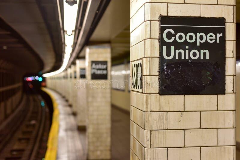Astor miejsca stacja metru - Miasto Nowy Jork zdjęcia royalty free