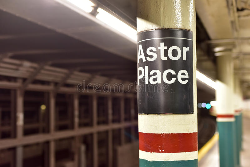 Astor Place Subway Station - New York City arkivfoton