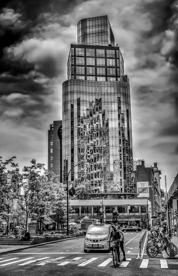Astor Place Tower B&W royaltyfri fotografi