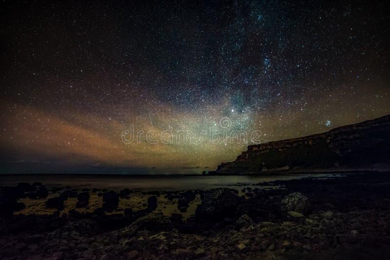 Astrofotografía nocturna Gigantes estelares de la Vía Láctea foto de archivo