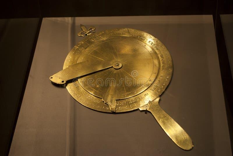 Astrolabe antique d'instrument de mesure de marin photographie stock libre de droits