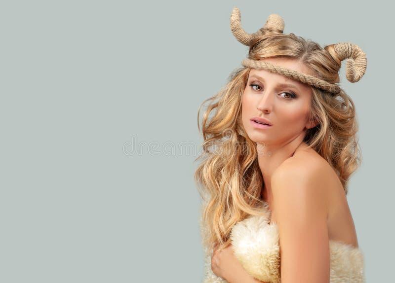 astrologie Femme Aries Zodiac Sign photographie stock libre de droits
