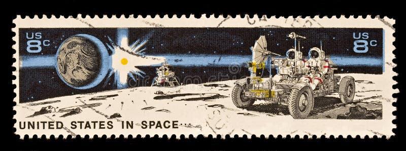 astronahantverkjord som landar den lunar roversunen royaltyfria bilder