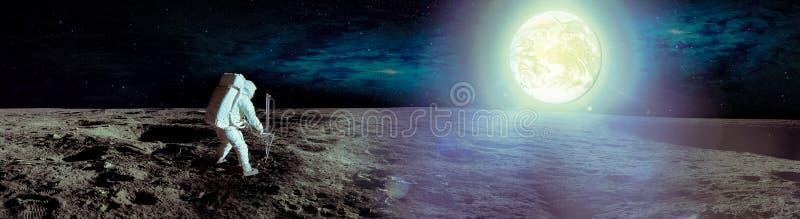 Astronaut die op maan landen stock foto's