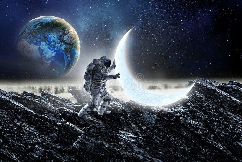 Astronaut och hans beskickning Blandat massmedia royaltyfria bilder