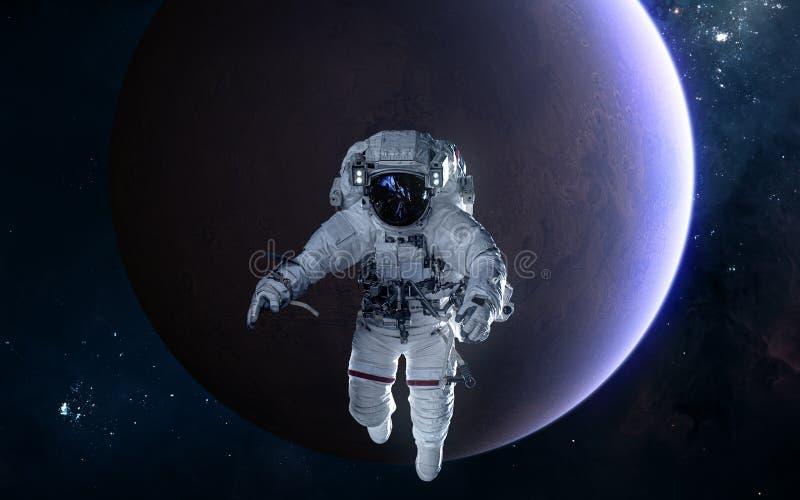 Astronauta en el fondo de Marte Sistema Solar Ciencia ficci?n foto de archivo libre de regalías