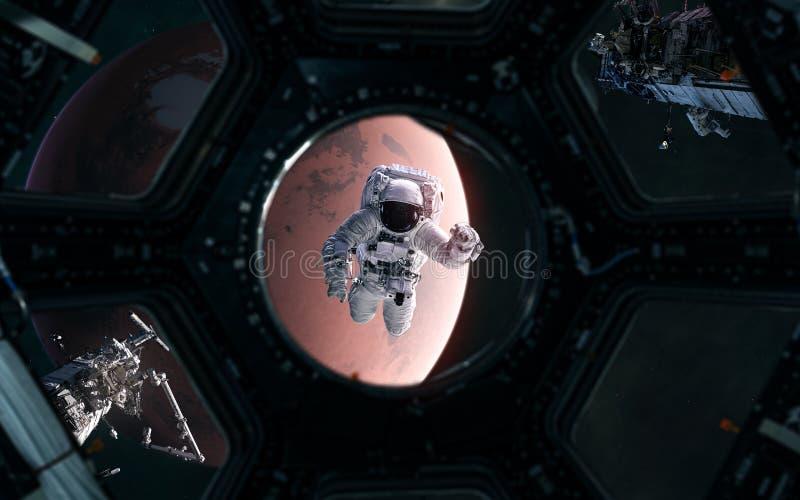 Astronauta na tle Marsa Układ słoneczny Widok z wierzchołka statku kosmicznego Renderowanie 3W Fantastyka naukowa royalty ilustracja
