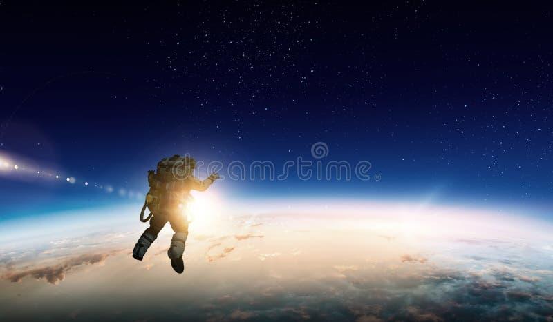 Astronauta w przestrzeni na planety orbicie obraz stock