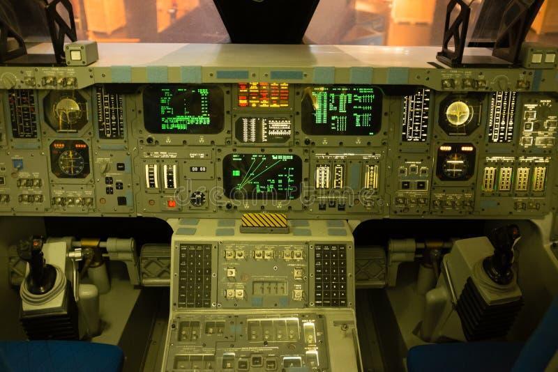 Astronautycznego wahadłowa kokpit zdjęcie royalty free