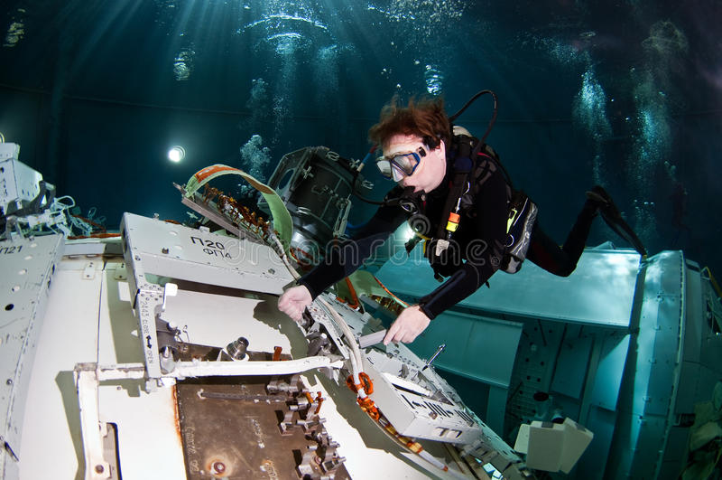Astronautyczny akwalungu nurek obraz stock