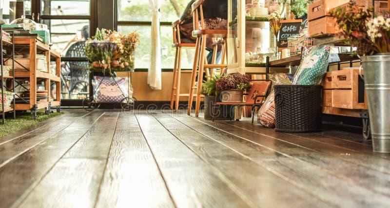 Astronautyczny pokój, sklep z kawą, drewniana podłoga obraz royalty free