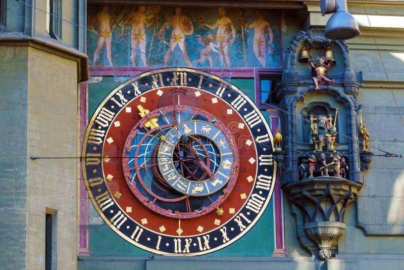 Astronomisk visartavla av Zytgloggen, medeltida klockatorn, Bern, arkivfoton