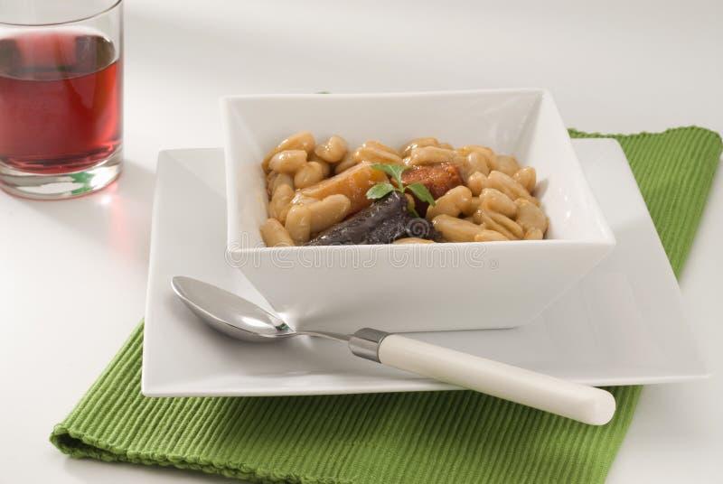 asturian豆烹调火腿西班牙语 库存图片