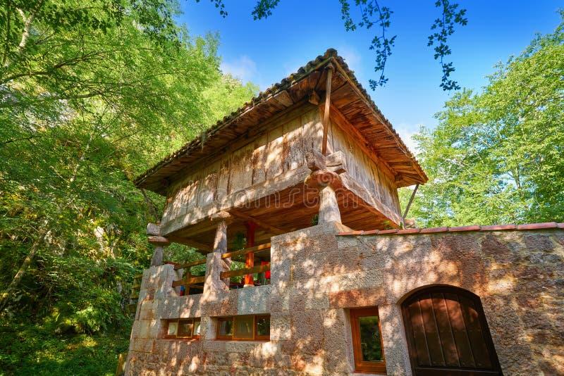 Asturias horreo budowa Picos De Europa fotografia stock