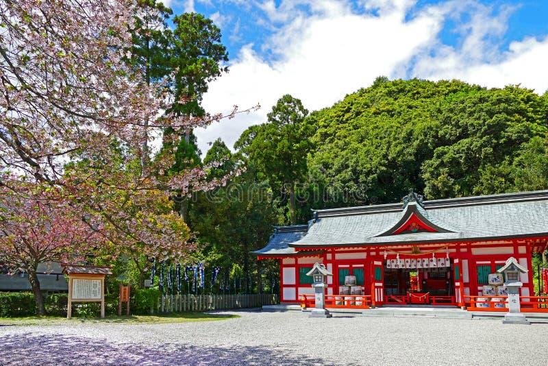 Asuka Shrine sintoísta budista japonés tradicional en Shingu, Japón imagen de archivo