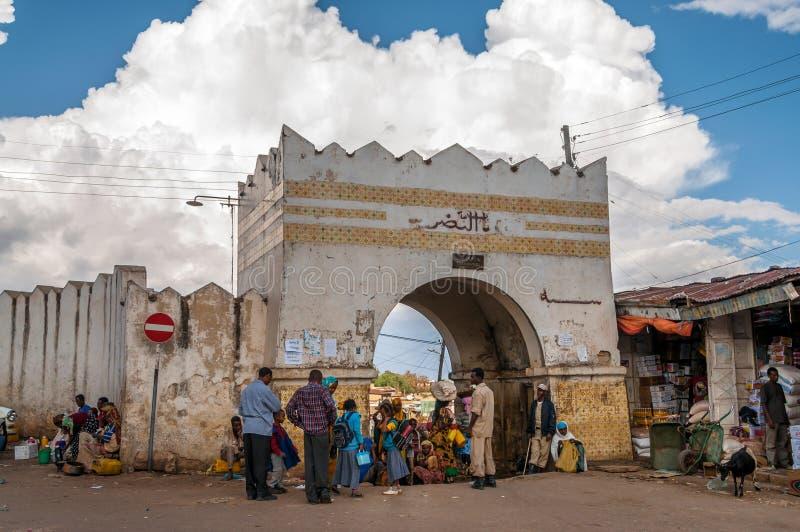 Asum Bari, port till den gamla Harar staden arkivfoton