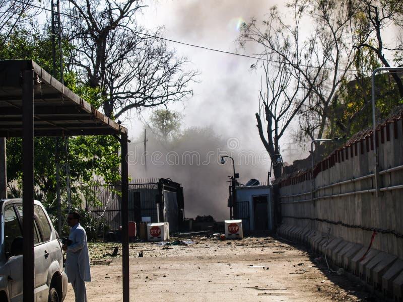 Ataque americano del consulado en Peshawar, Paquistán fotografía de archivo libre de regalías