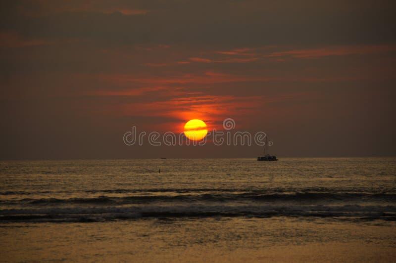 Atardecer en-La playa lizenzfreie stockbilder