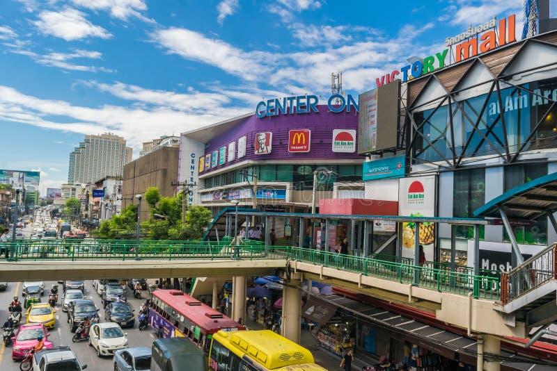 Atasco en el centro uno cerca de Victory Monument en el centro de Bangkok, Tailandia imagen de archivo libre de regalías