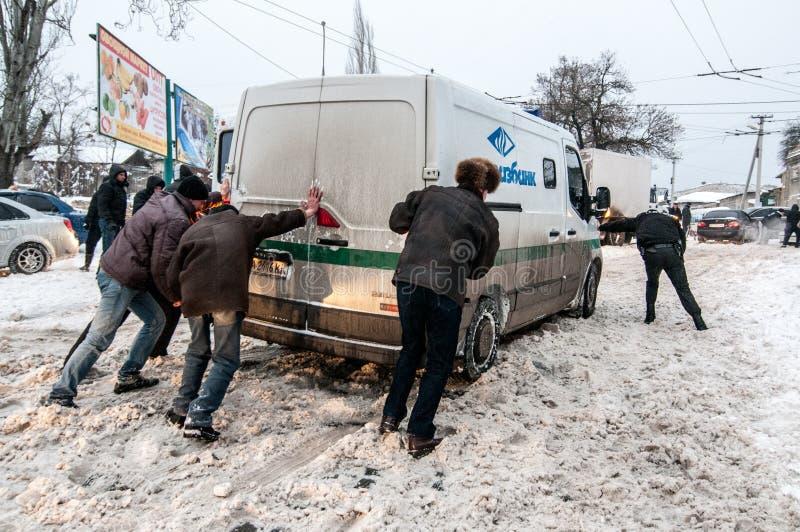 Atasco en invierno fotos de archivo libres de regalías