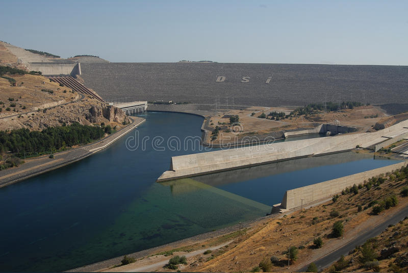 Ataturk水坝在土耳其 图库摄影