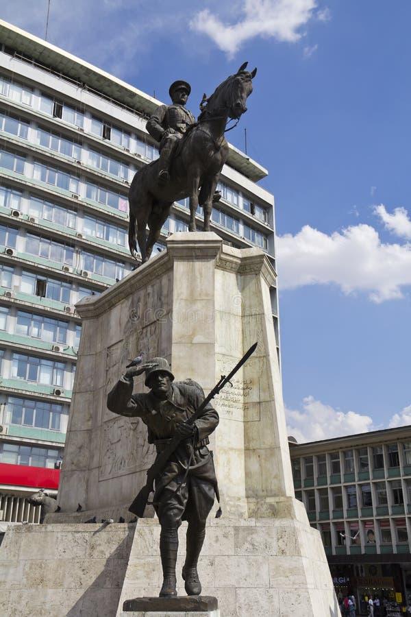 Ataturk雕象在马的 库存照片