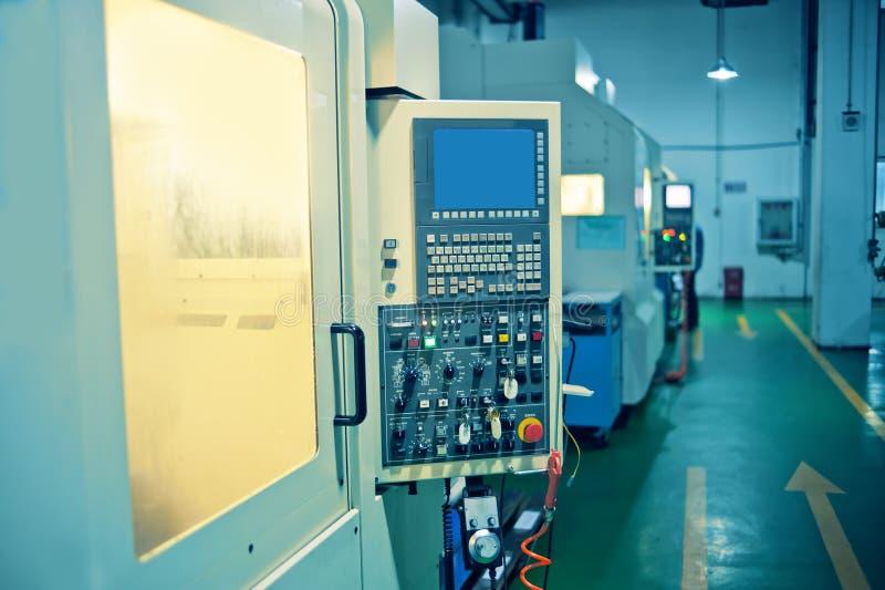 Atelier de construction mécanique de commande numérique par ordinateur image stock