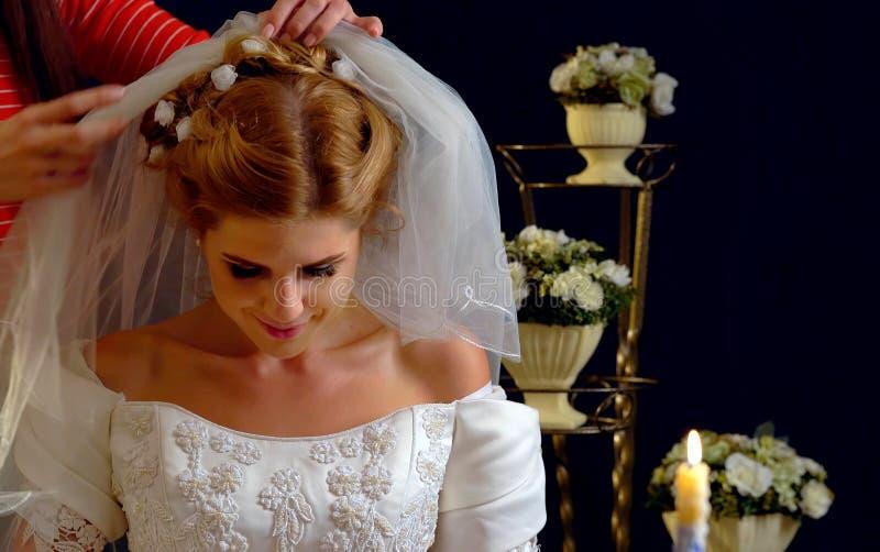 Atelier na bespoke dostosowywać bridal togę fotografia stock