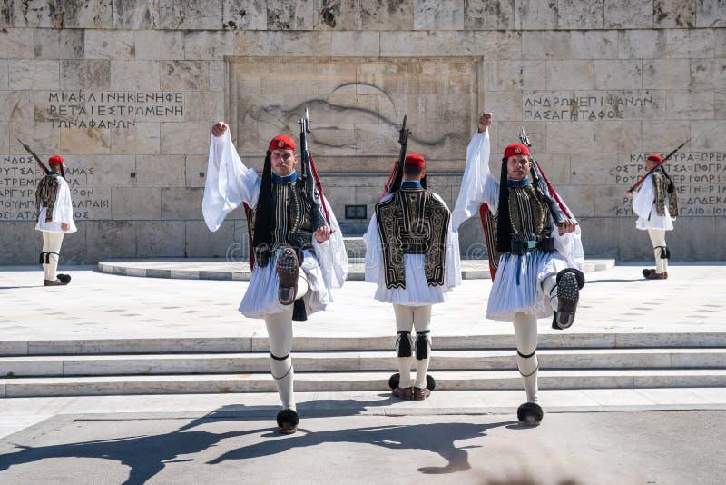 11 03 2018 Aten, Grekland - ceremoniellt ändra av vakten in arkivbild
