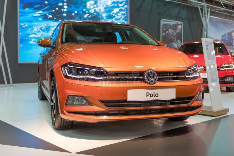 ATEN GREKLAND - NOVEMBER 14, 2017: Volkswagen Polo VI på Aftokinisi-Fisikon 2017 den motoriska showen arkivbilder